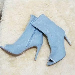 🔥HOT🔥Sexy Denim Peep Toe 3 1/2 Heels NWOT